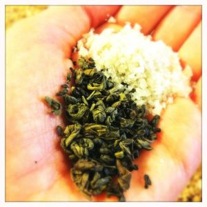 gunpowder green tea and grey sea salt