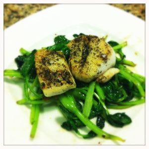 seared scallops with green tea salt