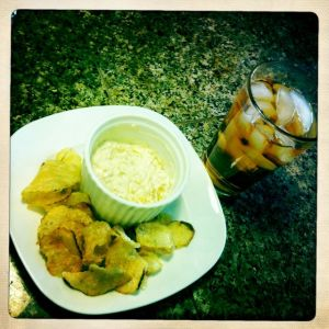 onion dip with yunnan iced tea