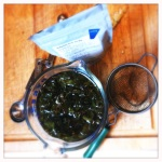 steeping milk oolong tea