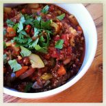 smoky quinoa veggie chili