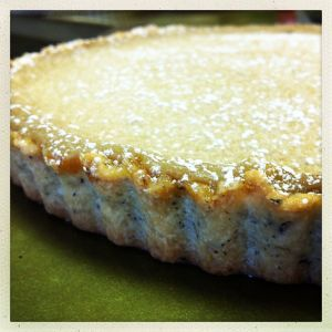brown sugar tea tart with shortbread crust