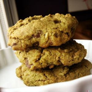 matcha coconut chip cookies