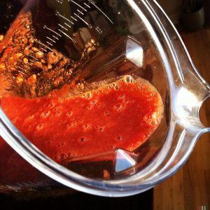 草莓兑入路易波士茶