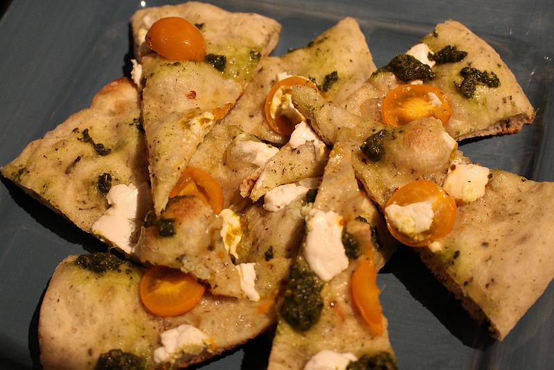 摩洛哥薄荷香蒜酱披萨