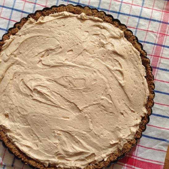 peanut butter and pu-erh tea tart filling