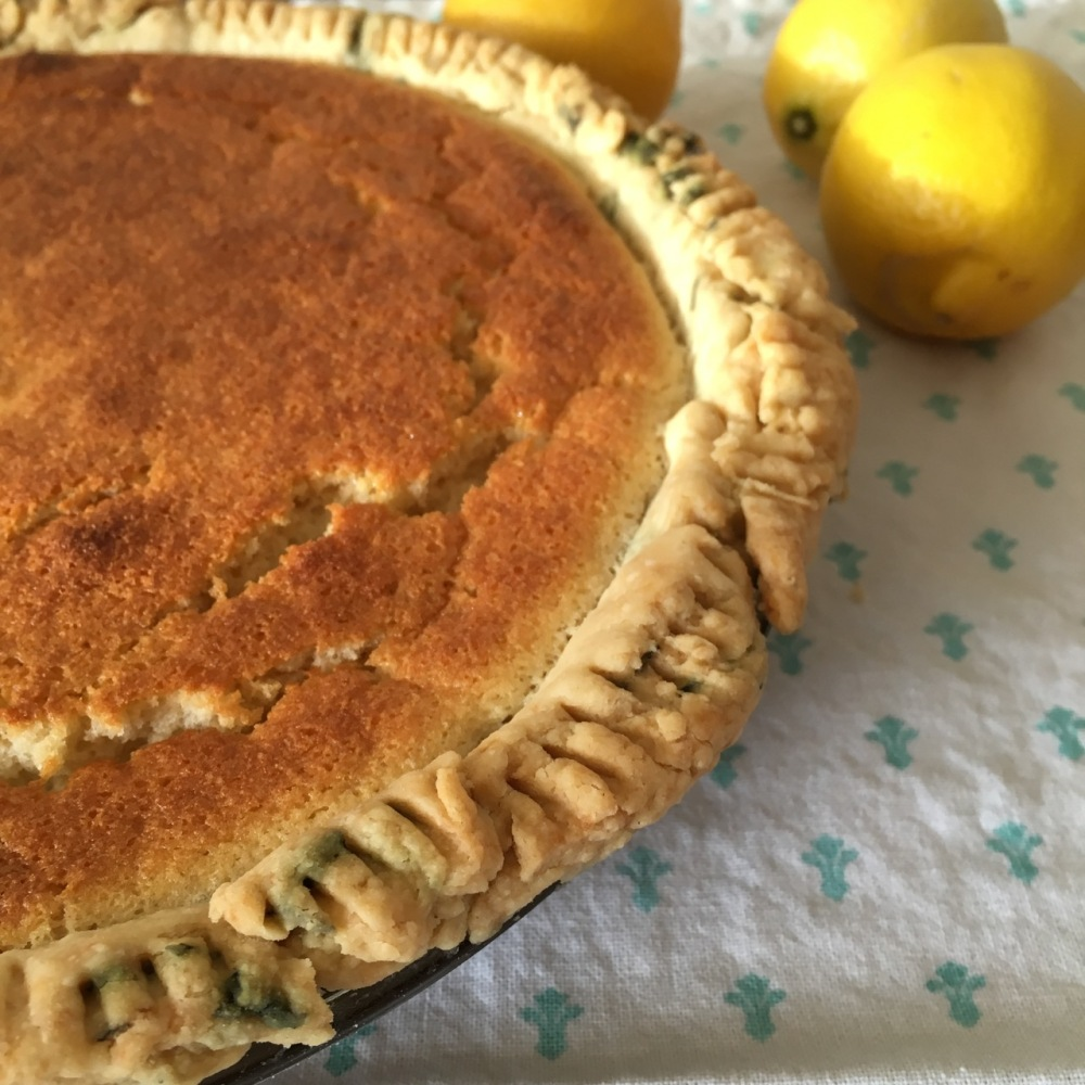 lemon pie with jasmine tea crust