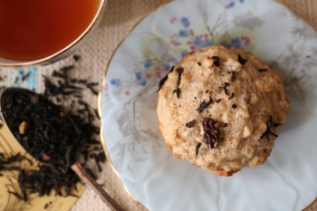 cinnamon tea raisin barley muffin