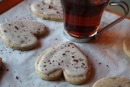 tea heart cookies with rose puerh tea