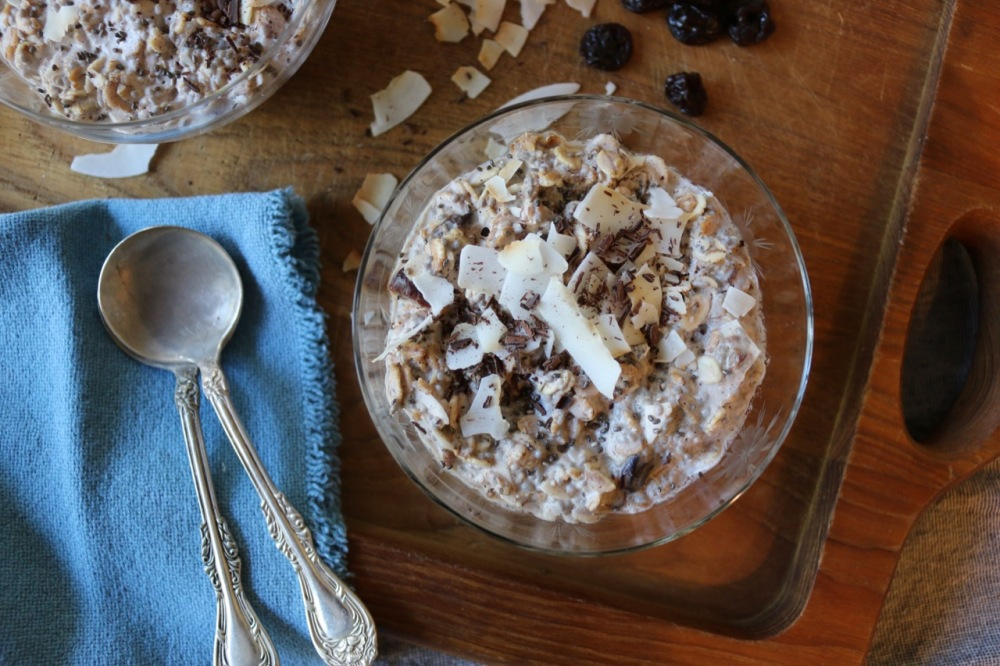 cacao coconut overnight oats for two